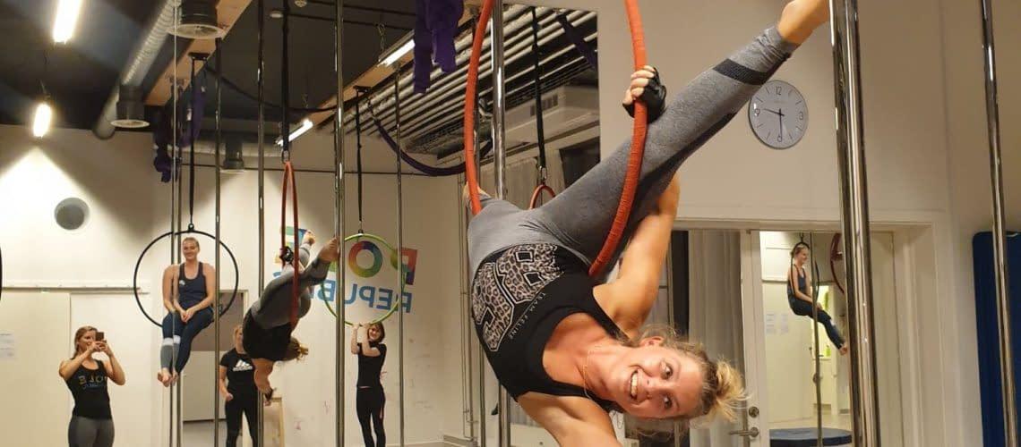 girls aerial hoop hang