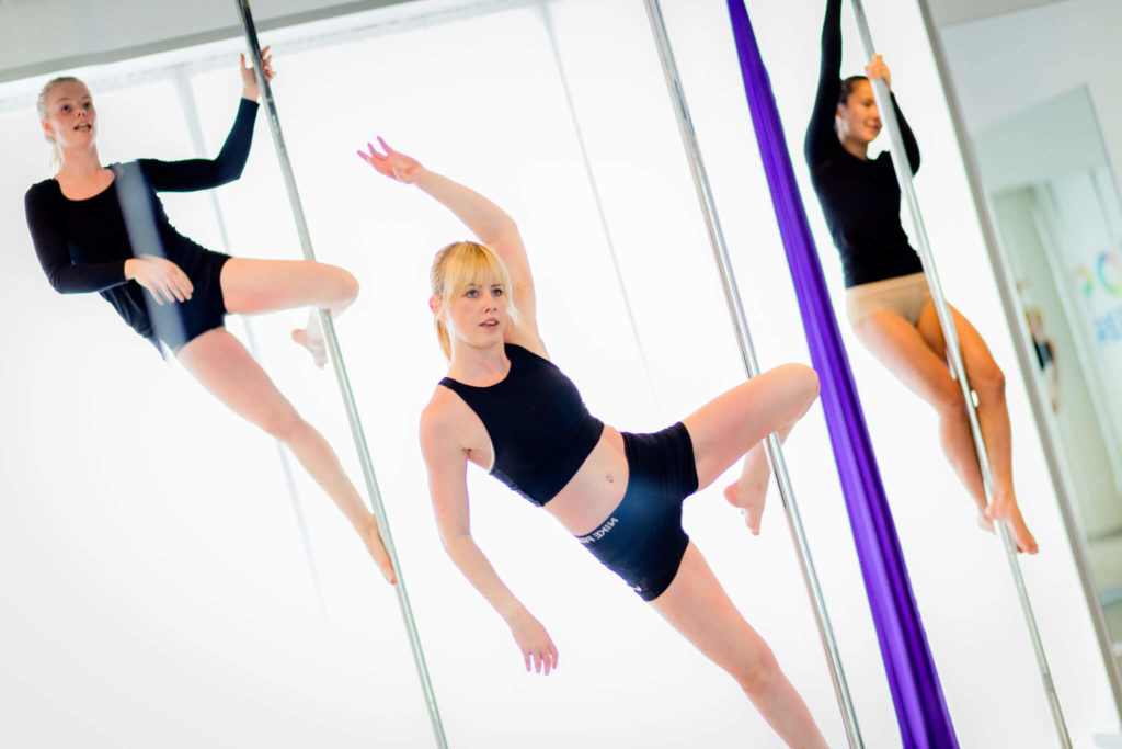 pole fitness girls cupid position