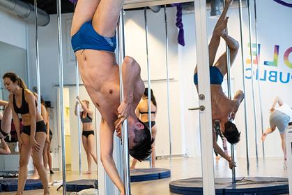 man pole dancing